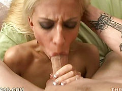 Jessie Volt Bent Dick Deepthroat