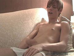 Skinny boy jerks off his cock in the shower